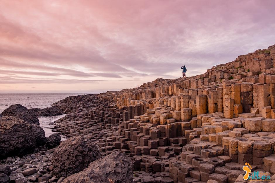 The Giant's Causeway, classificado como património da Humanidade e um dos pontos altos na Causeway Costal Route, na Irlanda do Norte
